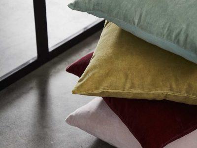 Essenza Home sierkussen Senn indian yellow