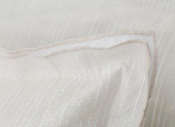 Flamant dekbedovertrek Pinstripe ecru